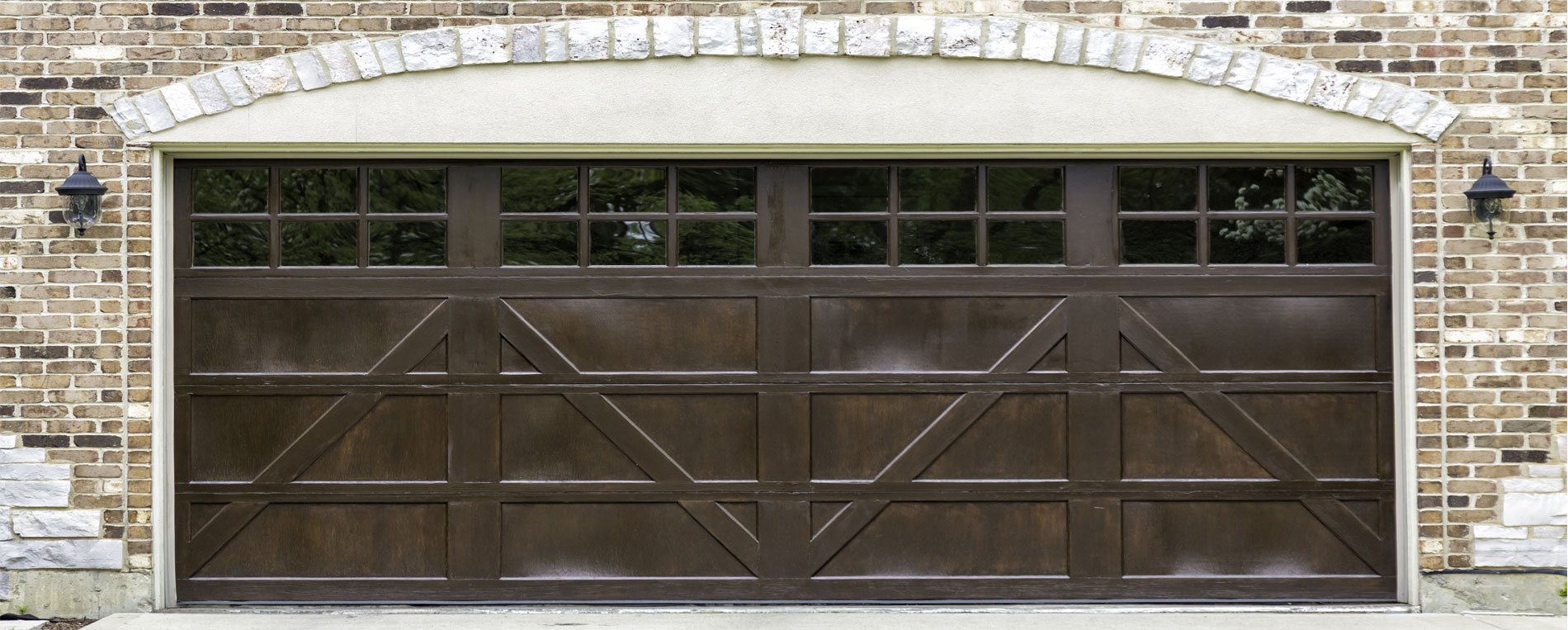 4 Considerations For New Garage Doors